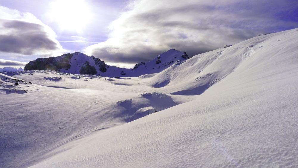 A la izquierda el Pic Montagnon y a la derecha el Mailh Massibé