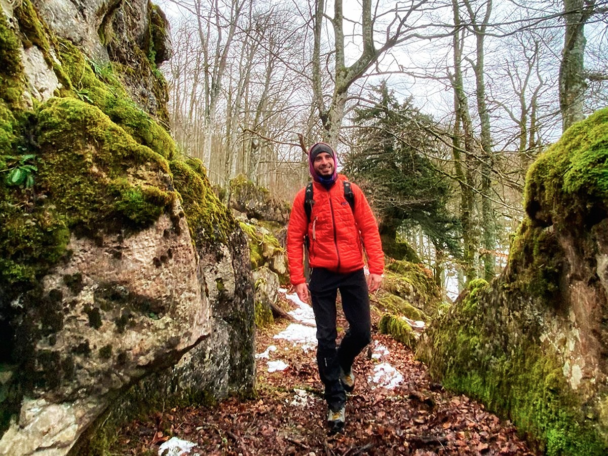 patagonia nano puff jacket bosque encantado urbasa parque natural