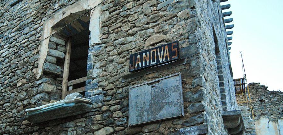 entrevista janovas pueblo abandonado sobrarbe pirineo ara rio libro