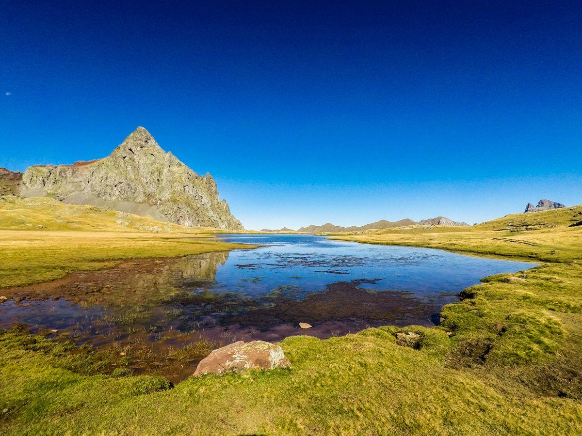 ruta ibones de anayet pirineo valle de tena huesca cima norte