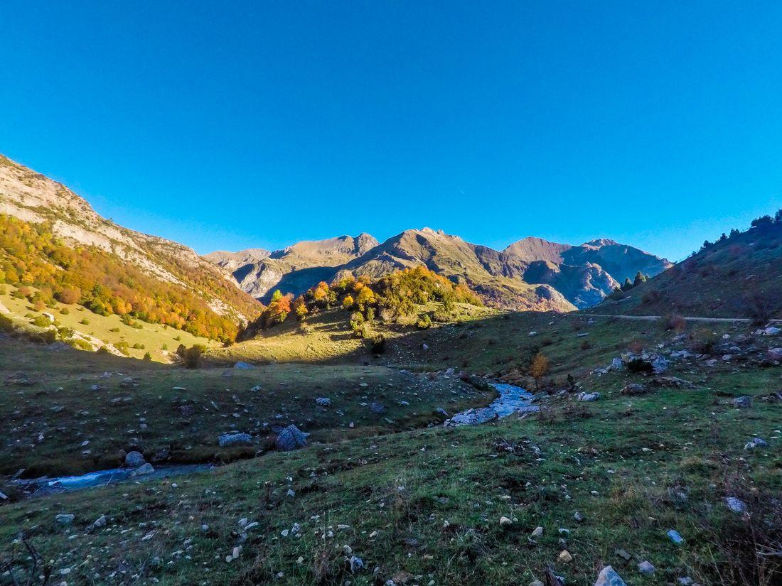 valle de otal desde bujaruelo pirineo