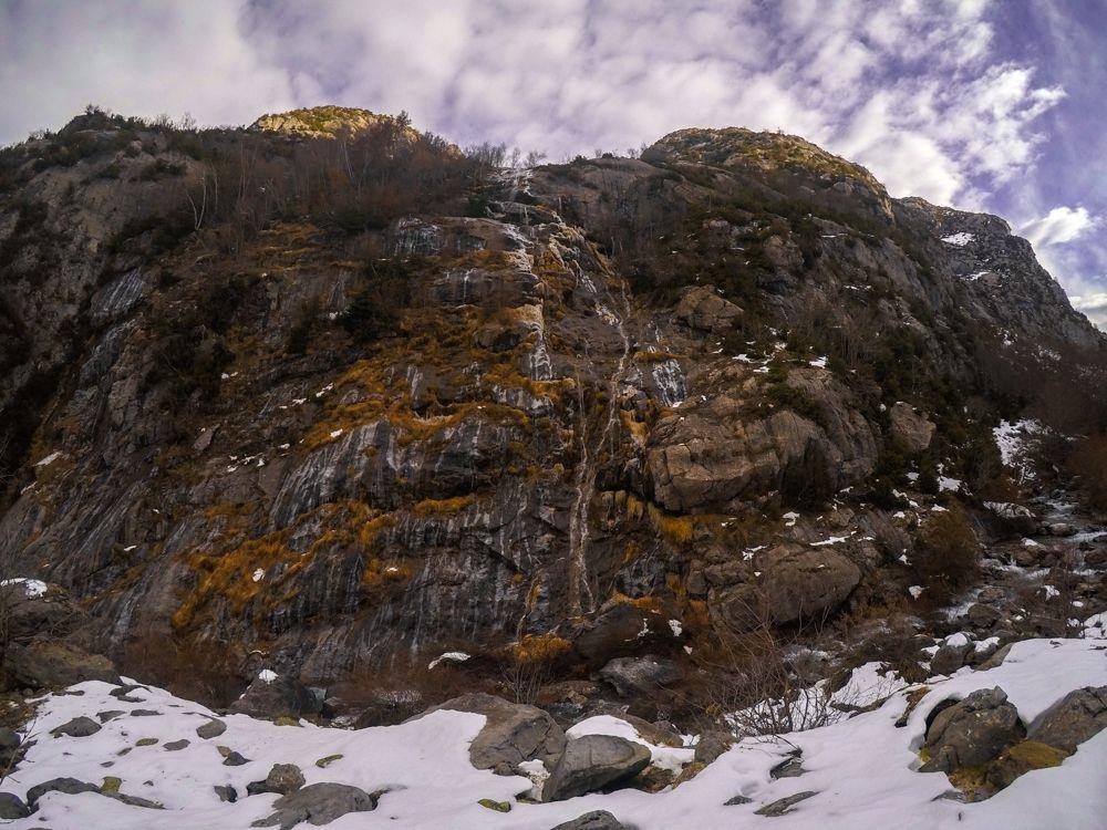 cascada canal de izas valle