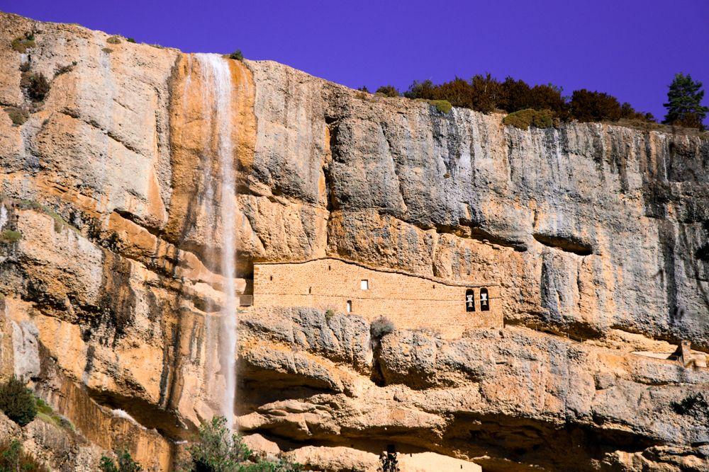 ruta de las ermitas yebra de basa