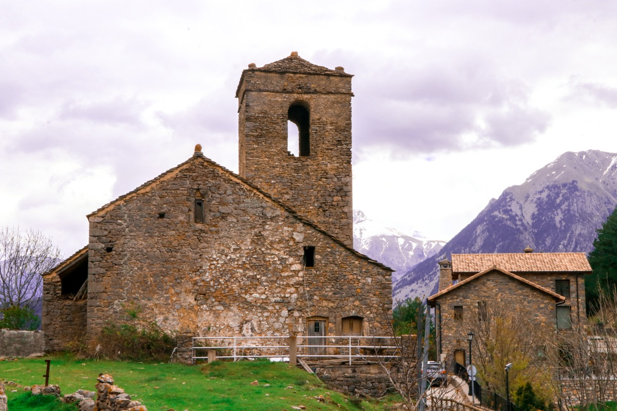 iglesia san martin de tella