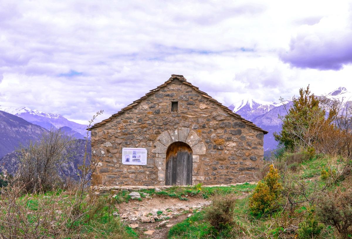 ermita virgen de la peña tella