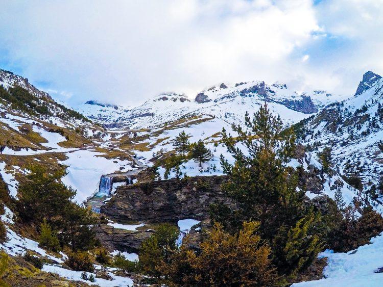 valle de aisa el parque natural de los valles occidentales