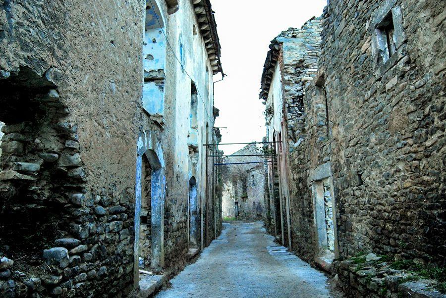 entrevista janovas pueblo abandonado sobrarbe pirineo ara rio libro charo jimenez