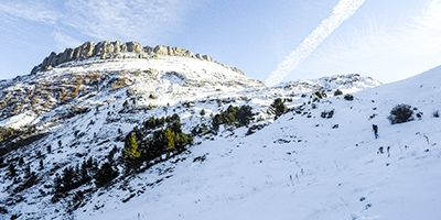 castillo de acher invernal pirineo selva de oza