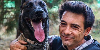 entrevista cesar reyes perros rescate