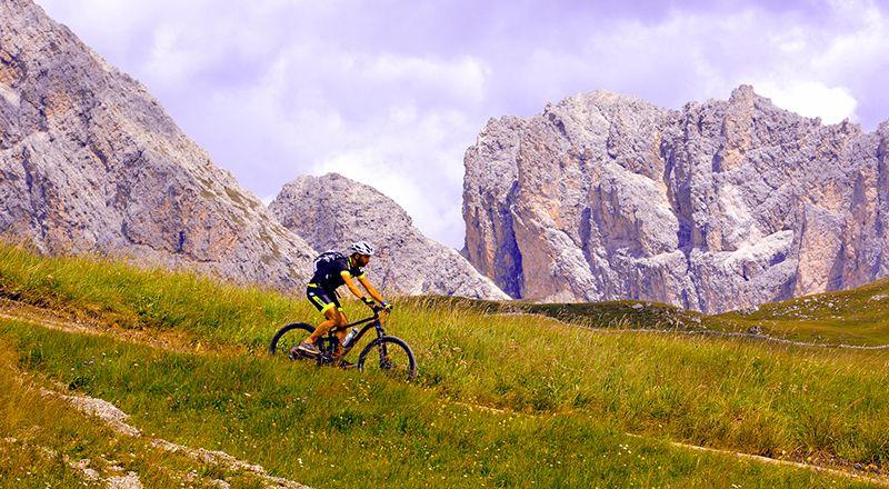 6 grandes rutas BTT por etapas en el Pirineo aragonés